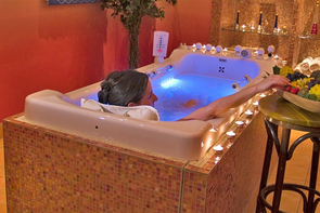 Bad in der Wellness-Wanne